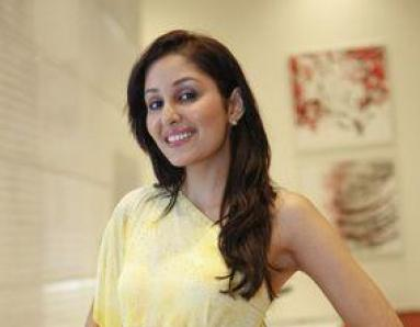 I'm not in hurry for Bollywood, says Pooja Chopra