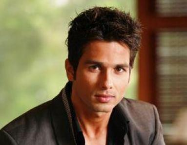 "Shahid Kapoor's Shocking Admission: ""I Was Difficult"""