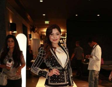 Kanika Kapoor Tests Positive for Coronavirus for FIFTH Time