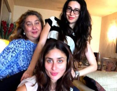 Kareena and Karisma Kapoor Spotted Chilling Around Town