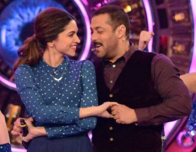 Salman Khan Delayed His Shoot To Spend Time With This GORGEOUS Actress