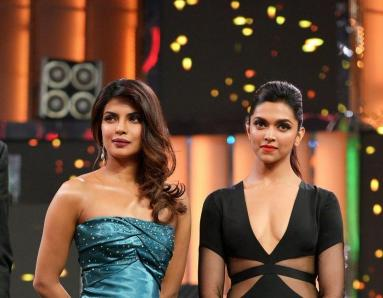 See What Priyanka Chopra Had To Say About Deepika Padukone's Hollywood Debut!