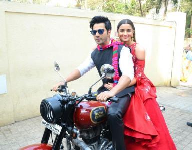 Varun Dhawan and Alia Bhatt are back with Badrinath Ki Dulhania!