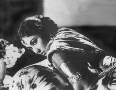 Meena Kumari: Profile of a Tragedy Queen