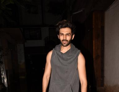 Heartthrob Kartik Aaryan Stepped Out of The Gym... And This is What Happened