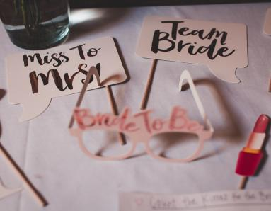 Wedding Season Special: How to Plan the Perfect Bridal Shower For Your BFF