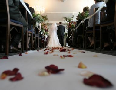 Wedding Season Special: 6 Smart Ways to Have a Frugal but Fantastic Wedding