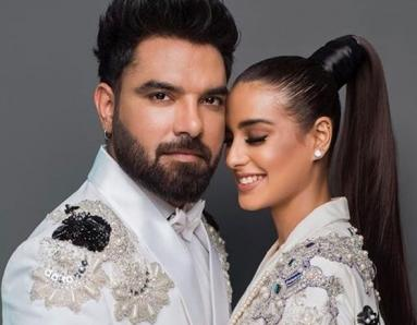 Iqra Aziz and Yasir Hussain's Engagement at Lux Style Awards and Why the Reactions to it Got My Attention