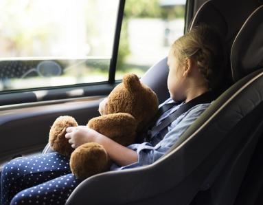 Road Safety in the UAE: Parents Aren't Buckling Up Their Kids and It's Not Okay