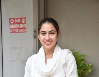 Sara Ali Khan Rocks Chic Athleisure Look at the Airport