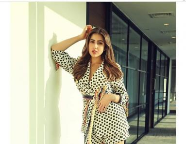 Sara Ali Khan Rocks a Retro-chic Look in Polka Dots