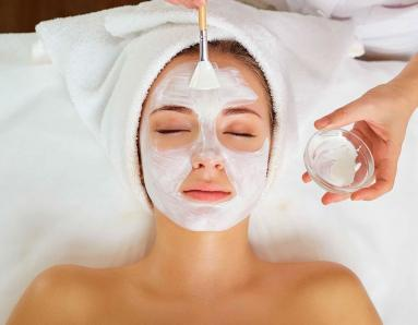 7 Things To Avoid After a Facial