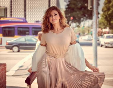 On Eva Mendes Birthday, Let Us Reveal 5 Of Her Standbys To Stay In Perfect Shape