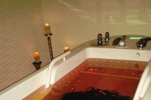 Treatment Review: Luxury Seaweed Bath