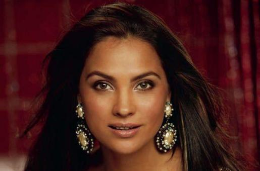Lara Dutta Turns Designer, Launches Sari Collection