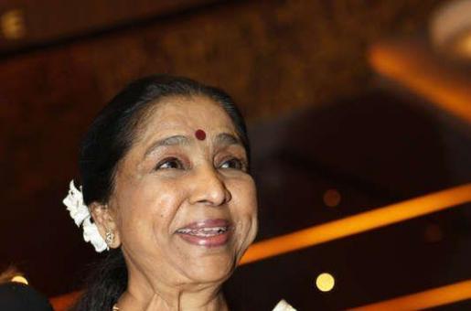 Asha Bhosle to Reveal Secrets of Kishore Kumar and Lata Mangeshkar at her Concert in Dubai?