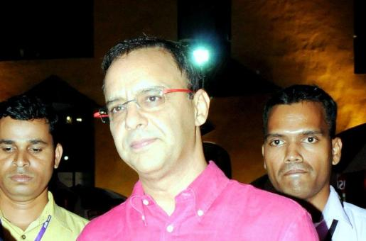'Bollywood Has A Lot of Warmth, But We Are Equally Inefficient': Vidhu Vinod Chopra