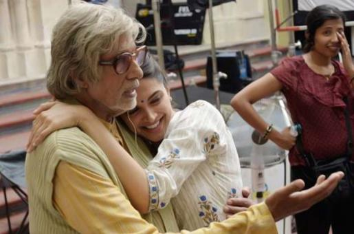 Big B Forgives Deepika's Piku Bash Invitation Fiasco