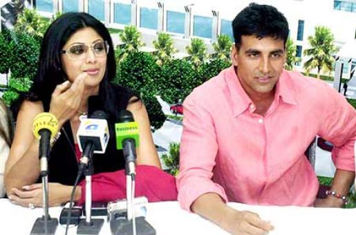 Shilpa Shetty Reunites With Akshay Kumar!