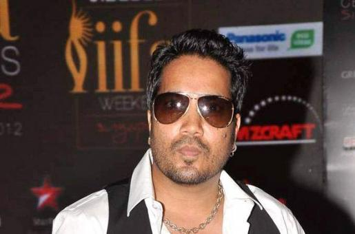 Mika Singh Banned by AIWCA For Performing in Pakistan