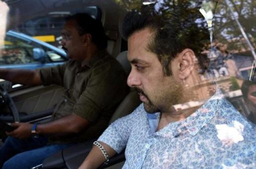 Bollywood Comes Out In Support of Salman Khan