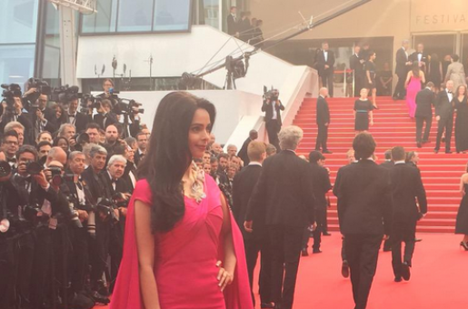 #BollywoodAtCannes: Mallika Sherawat Wears 2 Million Dollars Around Her Neck on the Red Carpet!