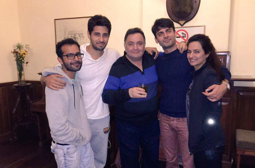 The Kapoors Are Bonding, But Where Was Alia Bhatt?