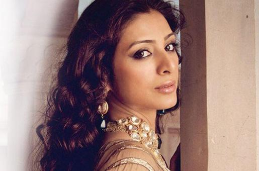 How Quick Did Tabu Jump To Replace Rekha In 'Fitoor'?