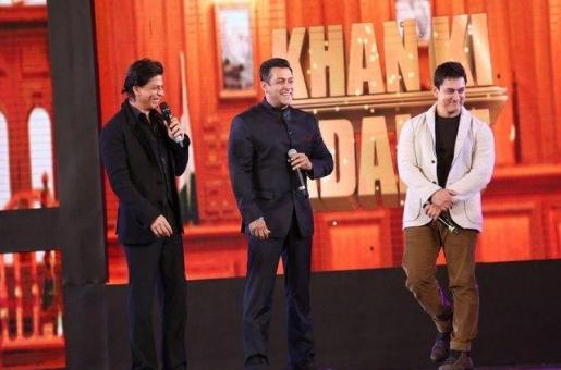 'We Are 50-Year-Olds, And Are Still Playing Heroes': Shah Rukh Khan