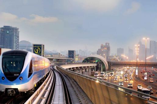 Newest Contribution To 'Smart' Dubai: Free Wifi On The Metro!