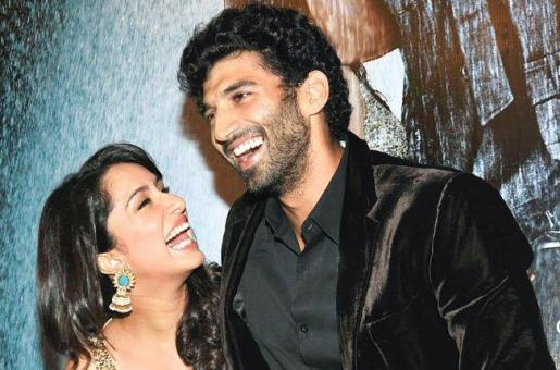 Are These Bollywood Couples Dating Again?