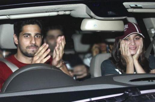 Sidharth Malhotra Confirms He is Single and Not Dating Alia Bhatt!