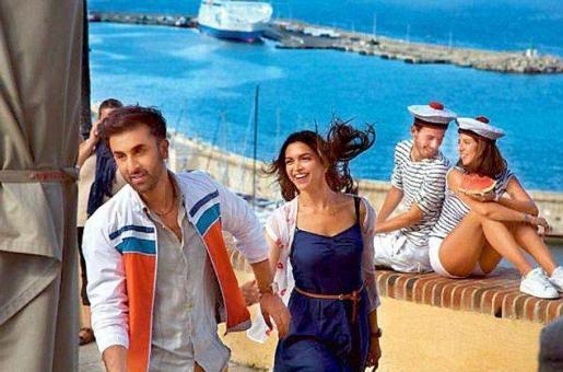 Deepika Padukone Adjusts Schedule For Ranbir Kapoor Without Any Tamasha!