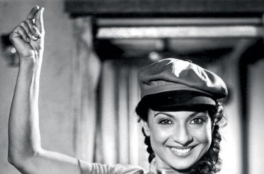'The Past is Finished... Khallaas...': Yesteryear Actress Tanuja