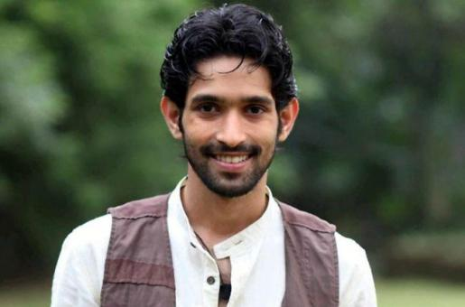 Dil Dhadakne Do's Vikrant Massey to Star in Konkona Sen Sharma's Directorial Debut?