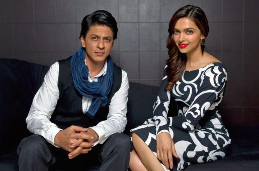 SRK Wishes Deepika Padukone Had Called Him to Watch Dilwale With her!