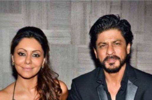 When SRK and Gauri Partied the Night Away.....All By Themselves!