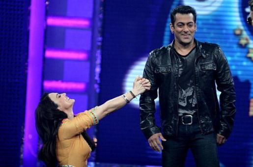 Salman Khan Throws Surprise Birthday Bash For Preity Zinta's 41st