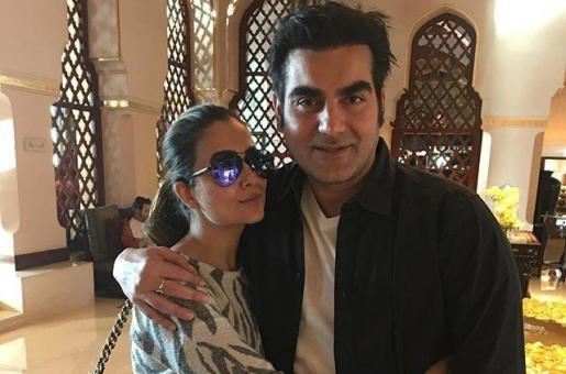 Arbaaz Khan Spotted Dining With Sis-In-Law Amrita Arora Khan in Dubai. But Where Was Wife Malaika?