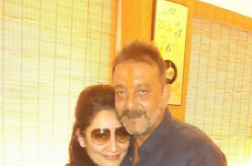 It Was an Emotional Homecoming for Sanjay Dutt and Wife Maanyata
