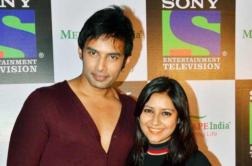 SHOCKING: Boyfriend Rahul Duped Pratyusha and Made her Cut Ties with Family