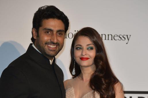 Abhishek Bachchan and Aishwarya Rai Bachchan Celebrate their 9th Wedding Anniversary