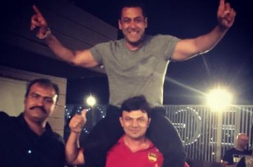 Salman Khan has a Blast at Sultan's Wrap Up Party
