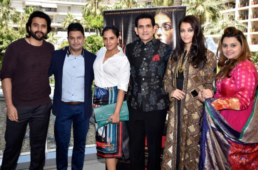 Why Was Randeep Hooda Missing From Sarbjit's Cannes Premiere?