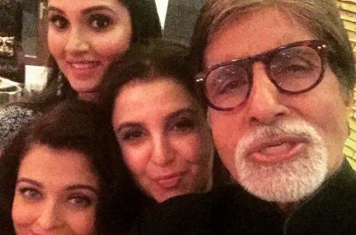 Amitabh Bachchan Clicks an Epic Selfie
