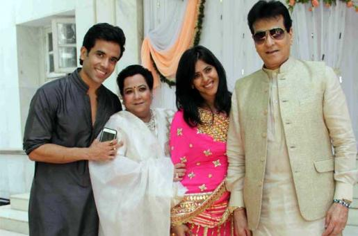 'Our family is Complete, We Are Five Now': Tusshar Kapoor