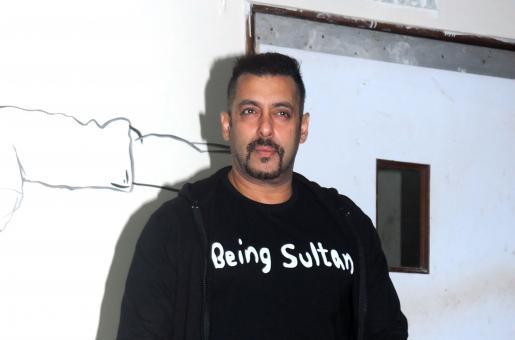 Is Salman Khan Taking a Pay Cut for Bigg Boss 10?