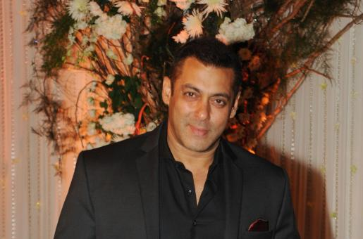 Salman Khan to Present Indian Olympic Athletes with Rs 1 Lakh