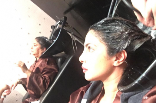 Priyanka Chopra Pampers Mom Madhu Chopra