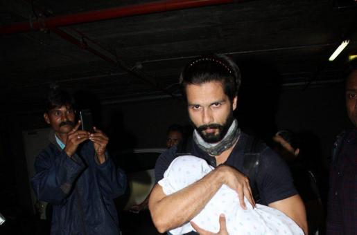 Did We Finally Catch a Glimpse Of Shahid Kapoor's New Born Misha?